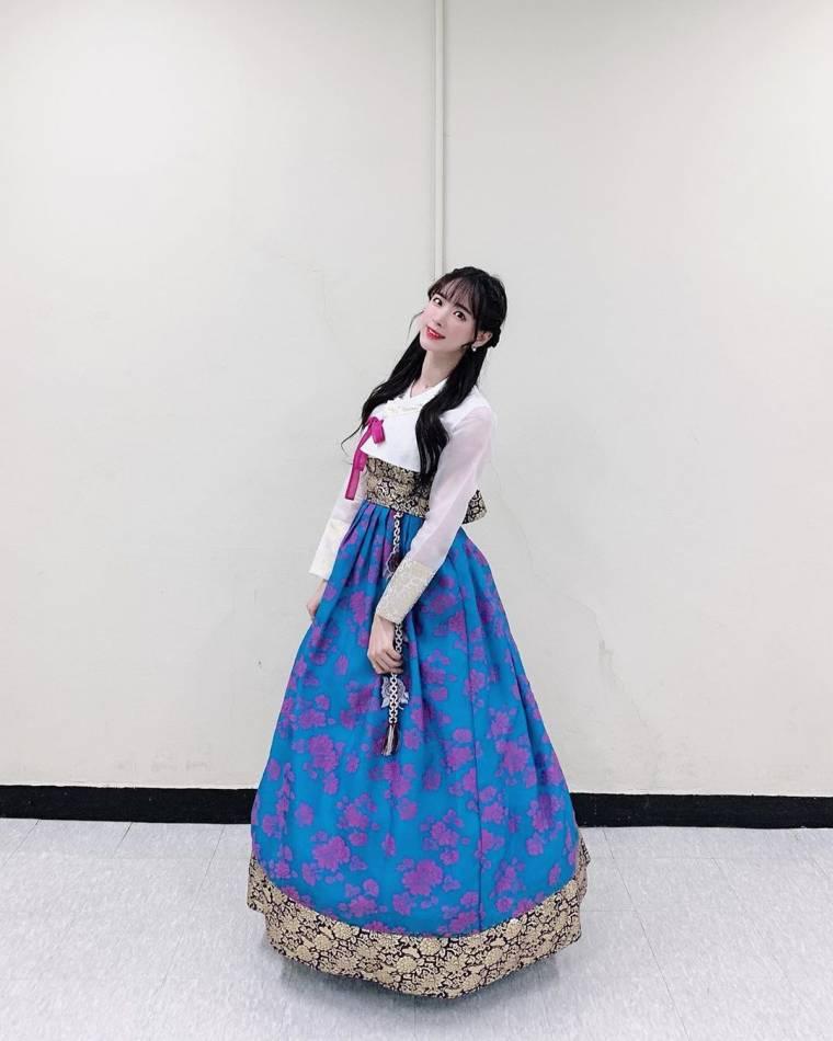 김한나 치어리더 한복
